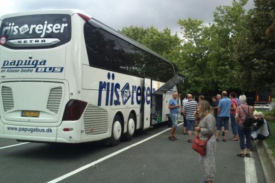 På langtidsferie i 4 stjernet bus