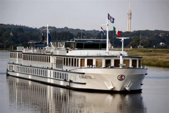 Kom med på adventstogt på Rhinen
