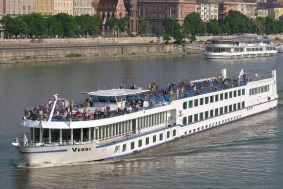 Tag med på flodkrydtogt på Donau
