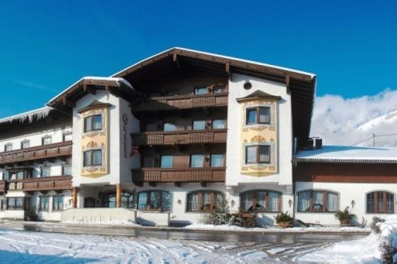 På denne julerejse bor vi på idylliske Hotel Hauserwirt