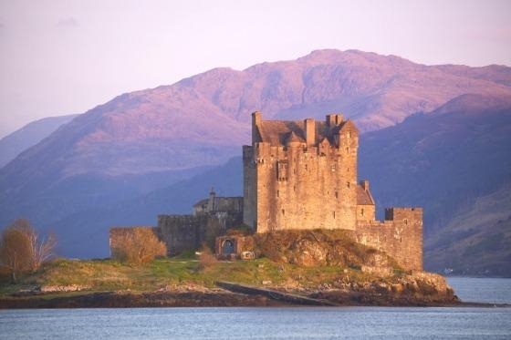 Tag med fly til skønne Skotland