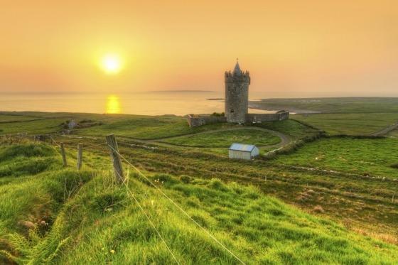 Tag med fly til smukke Irland