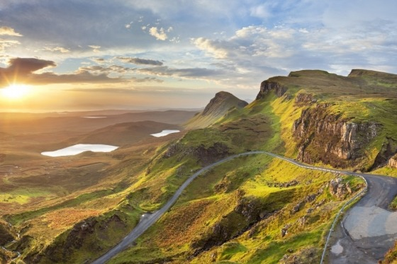 Skotland byder på varierende bjerglandskab, dalgangene og de krystalklare søer.