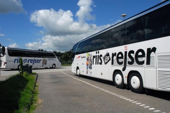 Vi er klar til at køre til Italien med denne dejlige bus